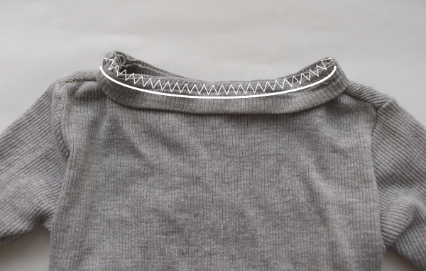sweater neckband